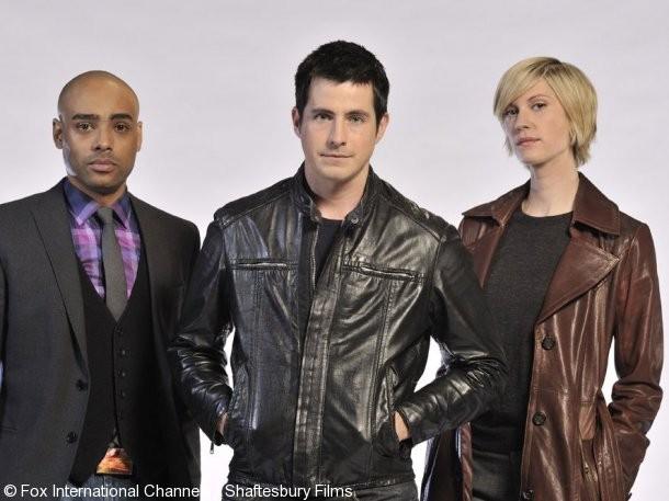 Rainbow Francks, Craig Olejnik e Lauren Lee Smith in una foto promozionale della stagione 2 di The Listener