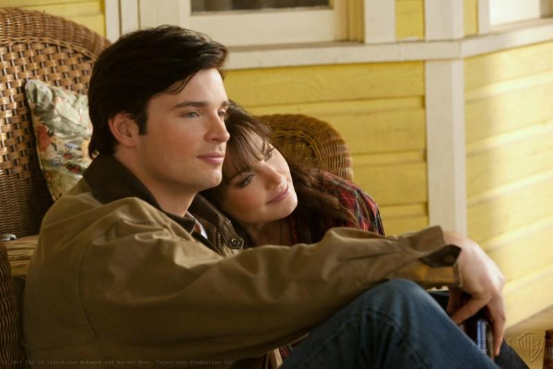 Tom Welling ed Erica Durance in un momento dell'episodio Kent di Smallville