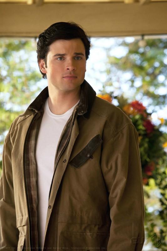 Tom Welling in una sequenza dell'episodio Kent di Smallville