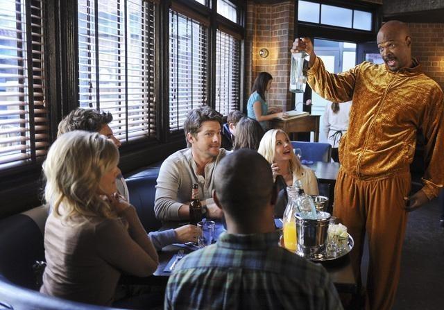 Damon Wayans Jr. nell'episodio Like Father, Like Gun di Happy Endings