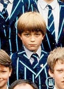 Il piccolo Robert Pattinson in una foto scolastica