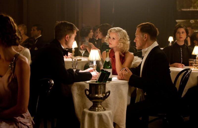 Christoph Waltz con Reese Witherspoon e Robert Pattinson nel dramma Come l'acqua per gli elefanti