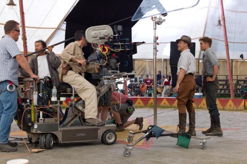 Christoph Waltz e Robert Pattinson sul set del film Come l'acqua per gli elefanti