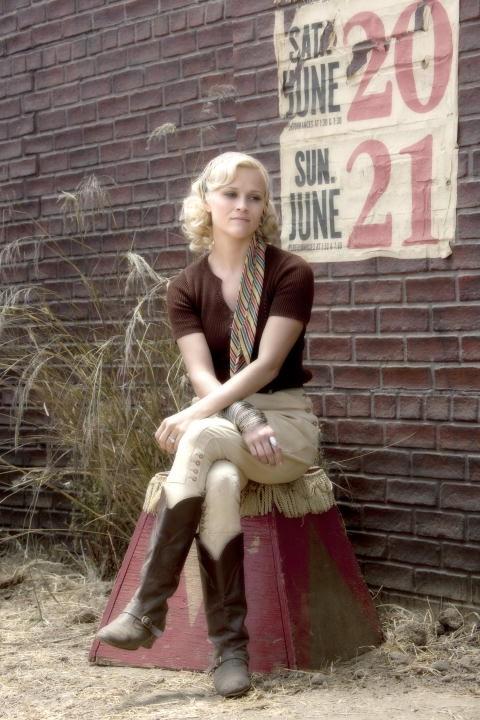 Reese Witherspoon bionda platino nel film Come l'acqua per gli elefanti