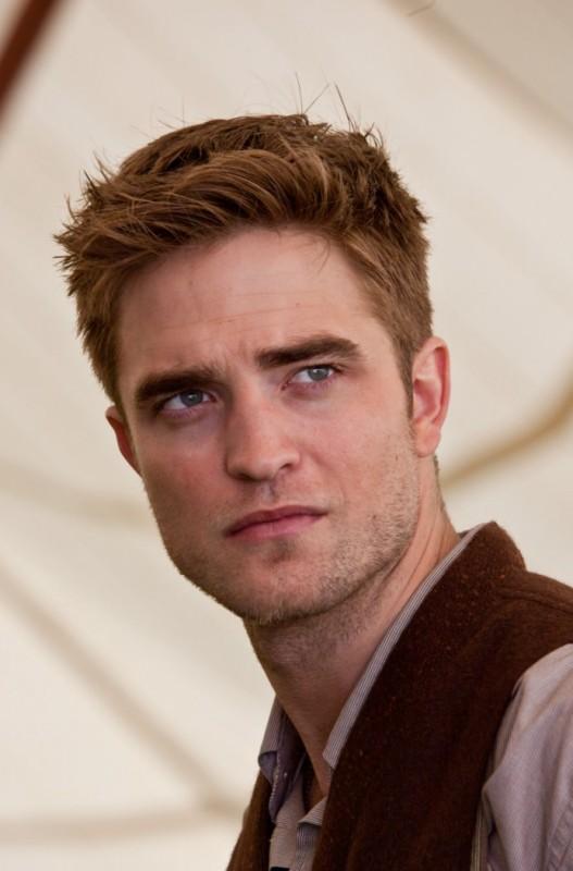 Robert Pattinson in una scena del film Come l'acqua per gli elefanti, nel quale interpreta il ruolo di Jacob