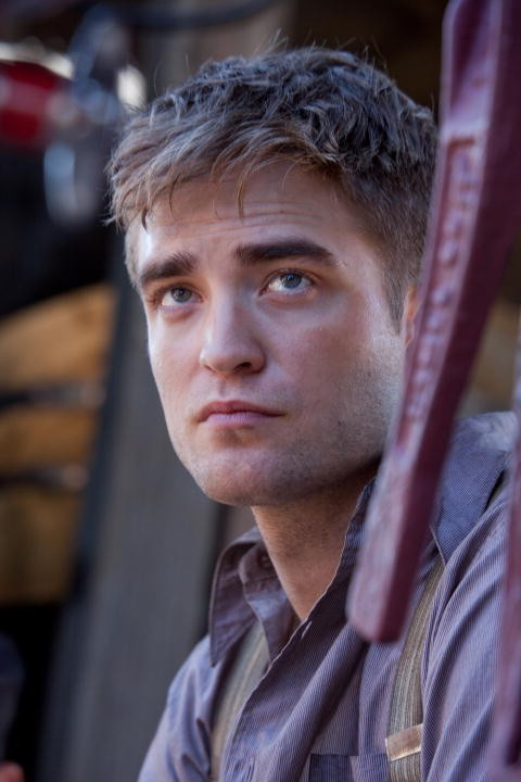 Robert Pattinson Nel Dramma Come Lacqua Per Gli Elefanti Nel Quale