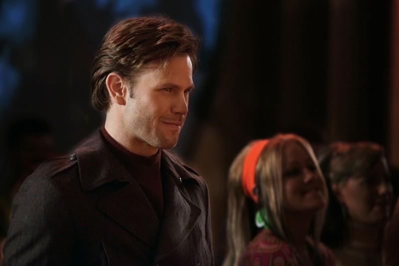 Alaric (Matthew Davis) in una scena dell'episodio The Last Dance di Vampire Diaries