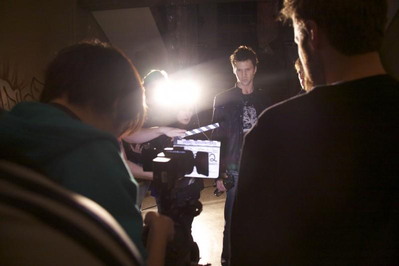 Un'immagine scattata sul set del film ESP - Fenomeni paranormali