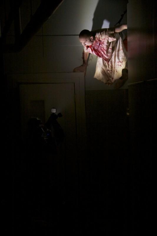 Una sequenza splatter dell'horror ESP - Fenomeni paranormali