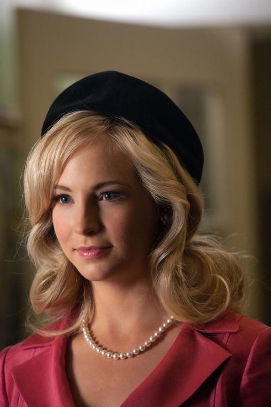 Un primo piano di Candice Accola nell'episodio The Last Dance di Vampire Diaries
