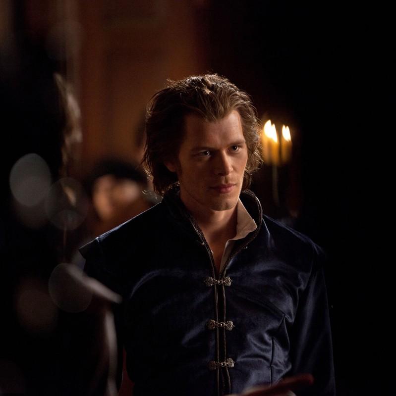 Klaus (Joseph Morgan) in un momento dell'episodio Klaus di Vampire Diaries