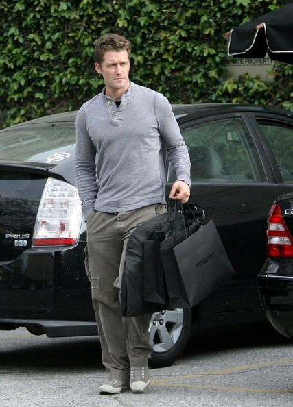 Matthew Morrison dopo qualche spesa su Melrose Avenue