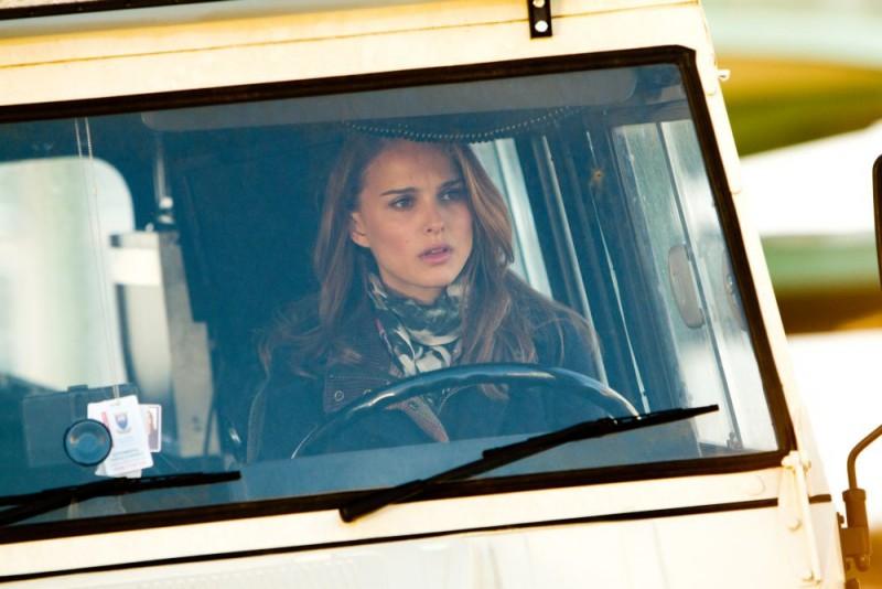 Natalie Portman in una sequenza di Thor, di Kenneth Branagh (2011)