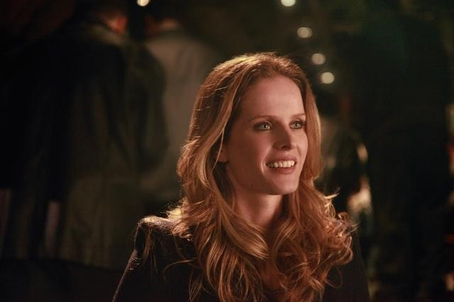 Rebecca Mader nell'episodio No Ordinary Beginning della serie No Ordinary Family