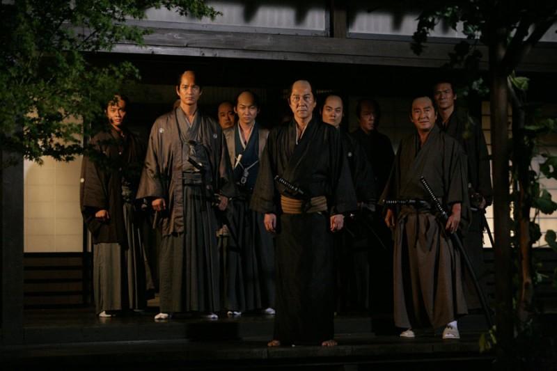 Una sequenza notturna del film 13 Assassini