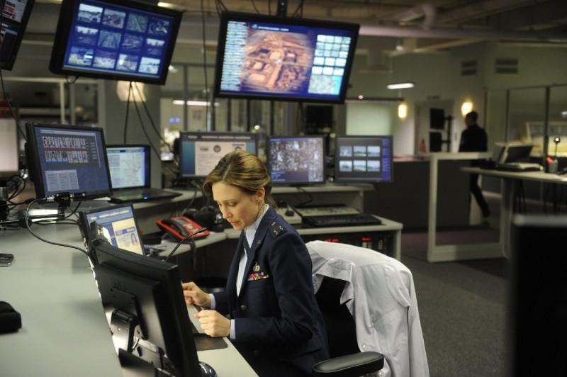 Vera Farmiga in una sequenza del film The Source Code, del 2011