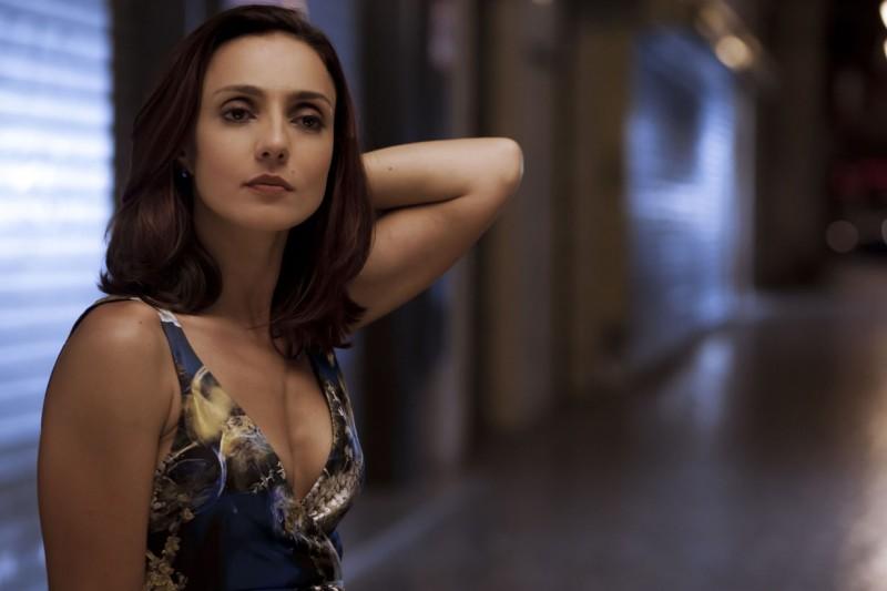 Ambra Angiolini è 'la Marchesa' nel film Notizie degli scavi di E. Greco