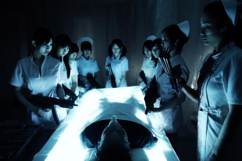 Una scena del film Yakuza Weapon