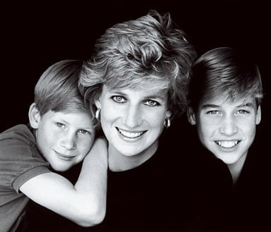 La Principessa Diana con i suoi due figli, Harry e William