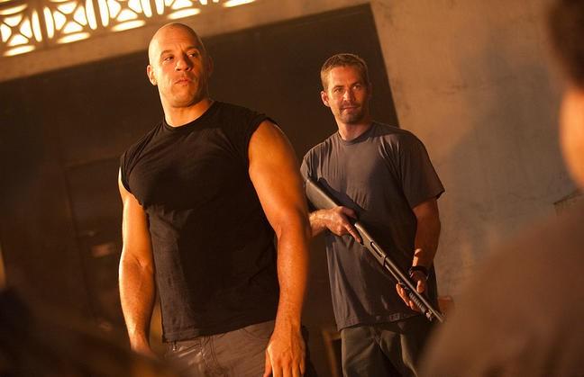 Vin Diesel e Paul Walker in una scena di Fast & Furious 5
