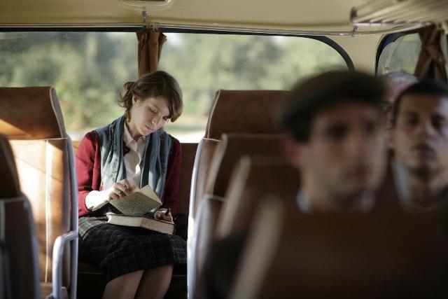 Isabella Ragonese in un momento del film Il primo incarico