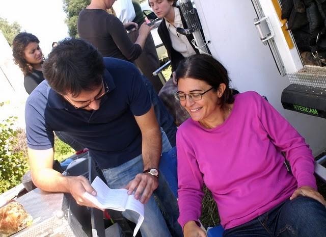 La regista Giorgia Cecere sul set del film Il primo incarico