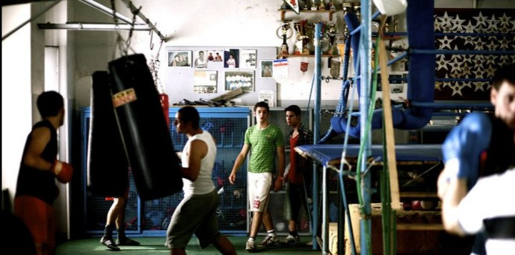 Lorenzo Scialla ed Enzo Pane in una scena del film Tatanka