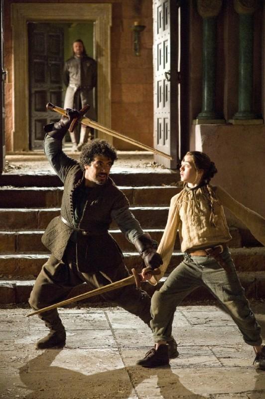 Maisie Williams in una scena dell'episodio Lord Snow di Game of Thrones