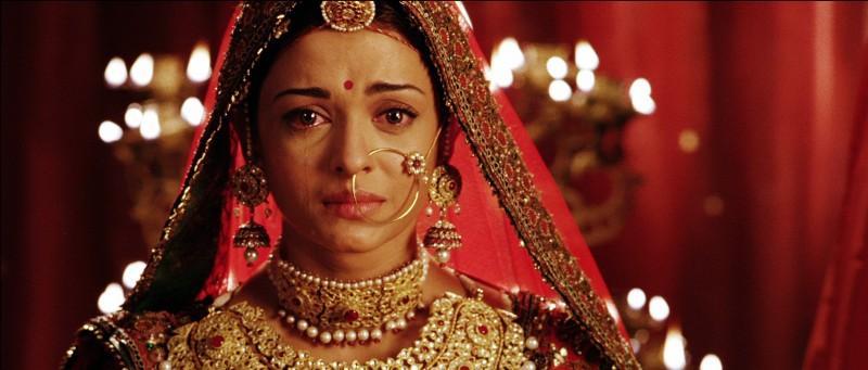 Aishwarya Rai in un'immagine del film di Bollywood - The Greatest Love Story Ever Told