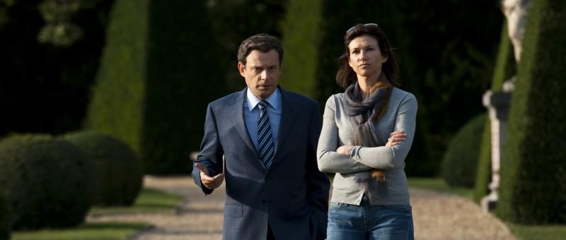 Denis Podalydès e Florence Pernel nel film La conquête