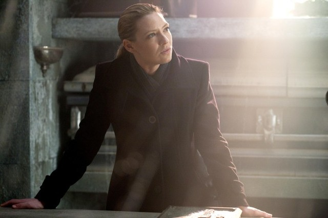 Anna Torv nell'episodio The Last Sam Weiss di Fringe