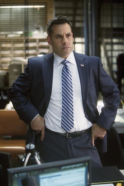 Adrian Pasdar nell'episodio Setup di Castle