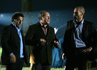 L'Ispettore Forti (Enrico Brignano) e il commissario Picone (Bebo Storti) in Fratelli Detective