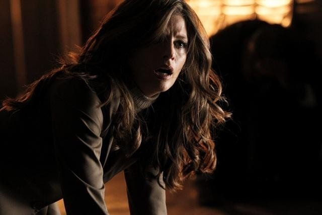 Stana Katic in una scena dell'episodio Knockout di Castle