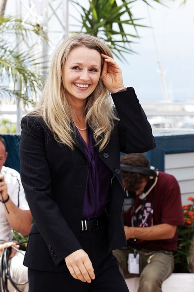 Cannes 2011: l'affascinante Rachael Blake durante il photocall di Sleeping Beauty