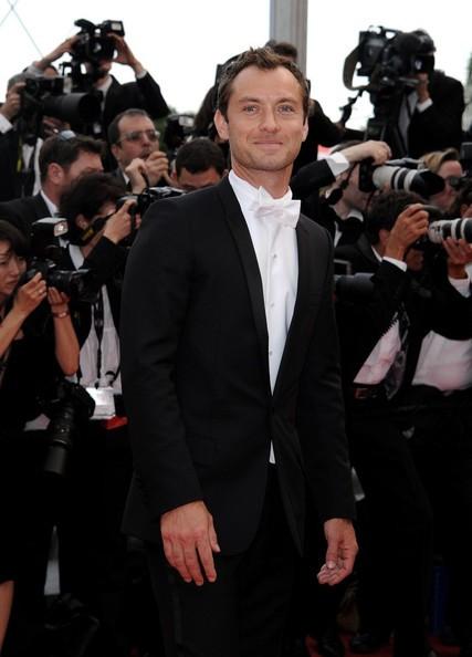 Festival di Cannes 2011: Jude Law sul red carpet durante la serata inaugurale