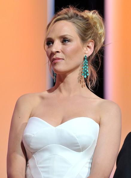 Festival di Cannes 2011: una splendida Uma Thurman durante la serata inaugurale