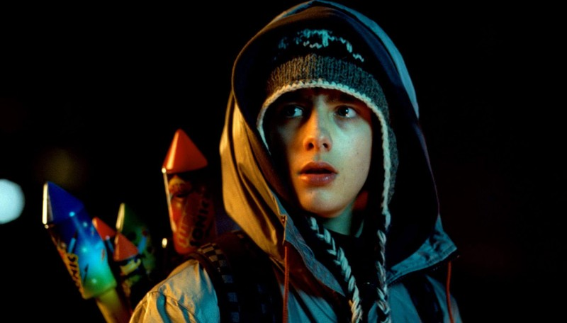 Alex Esmail in una scena del film Attack the Block