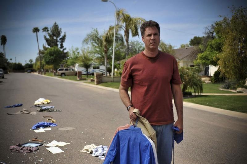 Will Ferrell in una scena del film Everything Must Go