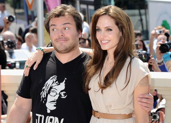 Cannes 2011: Angelina Jolie presenta il film d'animazione Kung Fu Panda 2 accanto a Jack Black