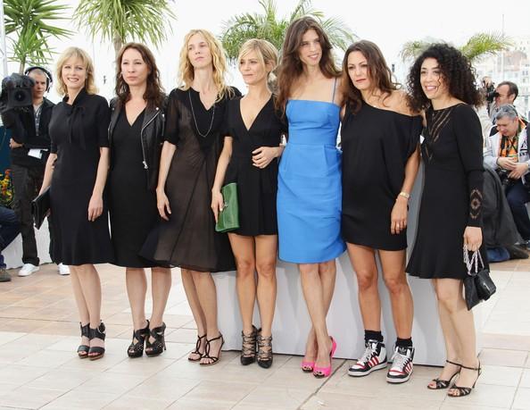 Polisse a Cannes 2011: Karin Viard, Emmanuelle Bercot, Sandrine Kiberlain, Marina Fois, Maiwenn Le Besco, Karole Rocher e Naidra Ayadi
