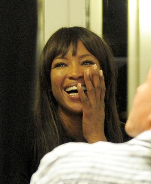 Cannes 2011: tra le star c'è anche Naomi Campbell, qui a cena con il fidanzato ed amici