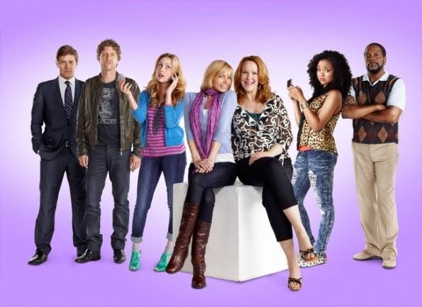 Primo poster per la comedy series I Hate My Teenage Daughter