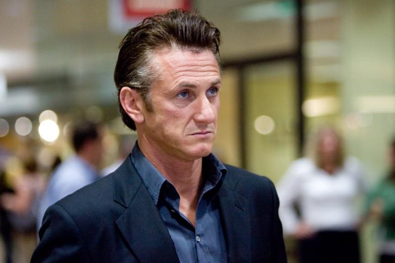 Un primo piano di Sean Penn in The Tree of Life