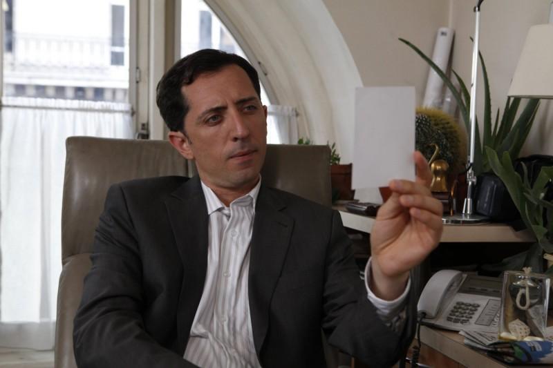 L'attore Gad Elmaleh nel film Midnight in Paris