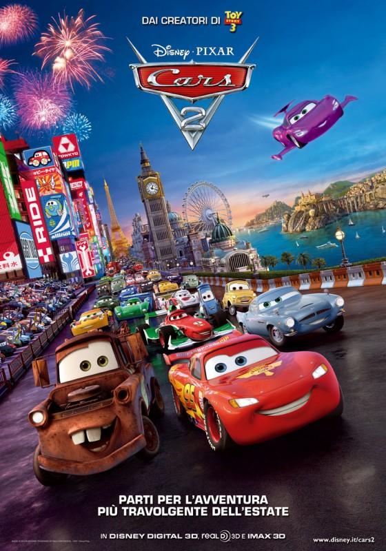 Il poster ufficiale italiano di Cars 2