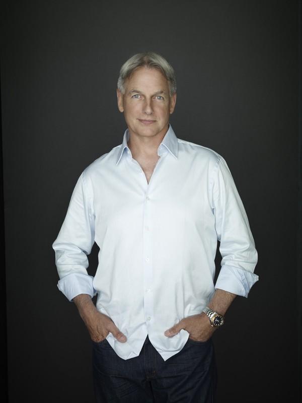 Mark Harmon in una foto promozionale per la stagione 8 di NCIS