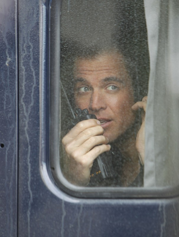 Michael Weatherly in un momento dell'episodio Baltimore di NCIS