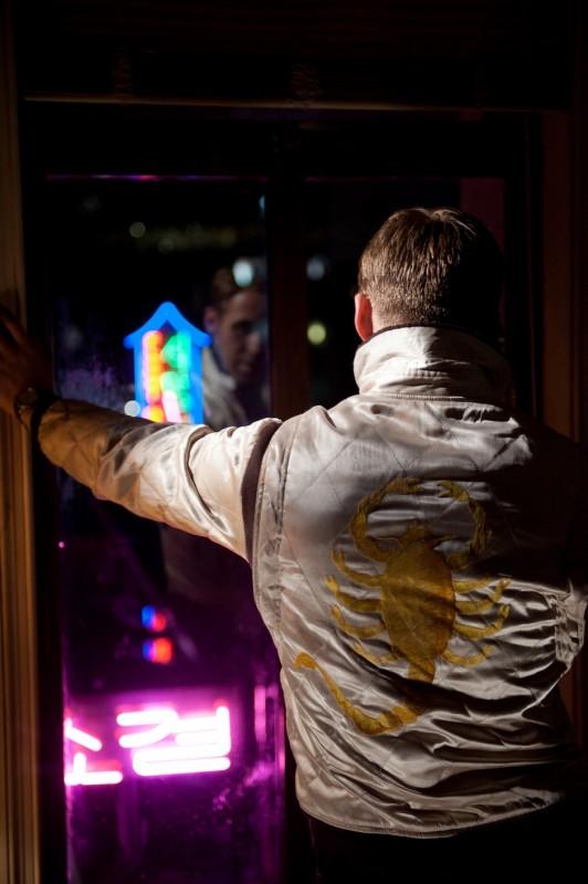 Ryan Gosling in una scena del film Drive di Nicolas Winding Refn