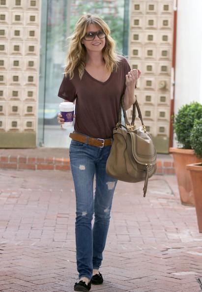 Ellen Pompeo prende un caffè da Coffee Bean a Los Angeles